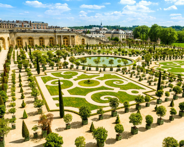 Paris Palace of Versailles Skip-the-Line Guided Tour